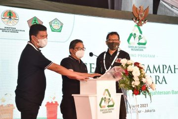 Wamen LHK Resmikan Sekolah Sampah Nusantara, Sarana Edukasi Pengelolaan Sampah