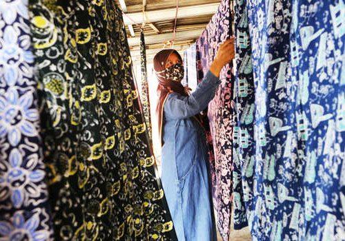 Pacu Daya Saing, Kemenperin Dorong Produsen Batik Terapkan Industri Hijau